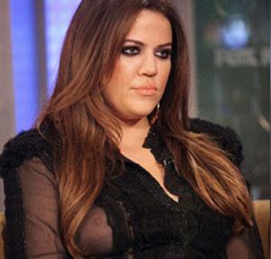 khloe-kardashian-nipple